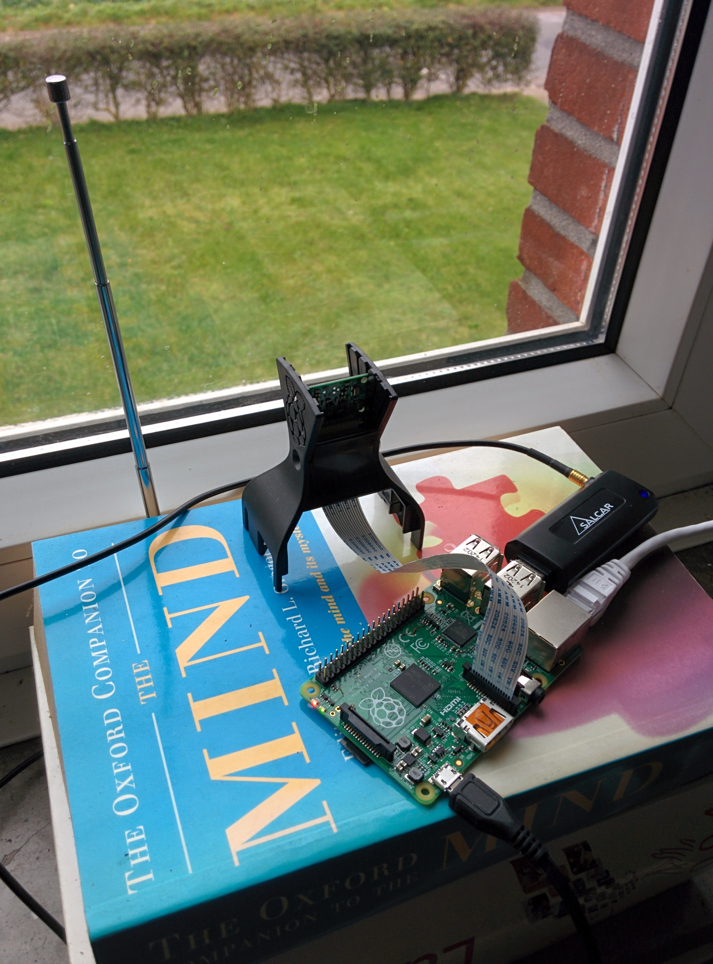 Flight radar with Raspberry Pi and an SDR dongle – Pygmalion